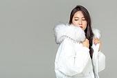 패딩, 롱패딩, 한국인, 동양인 (인종), 따뜻한옷 (옷), 아름다운사람, 한명, 패션