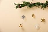 백그라운드, 오브젝트 (묘사), 스튜디오촬영 (실내), 장식품 (인조물건), 크리스마스 (국경일), 크리스마스오너먼트 (크리스마스데코레이션), 겨울, 식물, 눈송이 (눈)