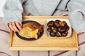 겨울, 붕어빵, 달콤한음식 (음식), 디저트, 빵, 한식 (아시아음식), 군것질 (Food And Drink), 먹기, 군밤