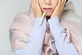 한국인, 동양인 (인종), 겨울, 감기, 질병, 건강관리 (주제), 질병 (건강이상), 나쁜상태 (상태), 열 (질병), 고열