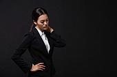 스트레스, 여성, 비즈니스우먼, 신입사원, 피로 (물체묘사), 사람목 (주요신체부분), 고통 (컨셉)