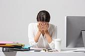 여성, 비즈니스, 비즈니스우먼, 신입사원, 일 (물리적활동), 직업 (역할), 스트레스, 절망 (슬픔)
