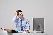 남성, 비즈니스맨, 일 (물리적활동), 사무실 (업무현장), 걱정 (어두운표정), 스트레스