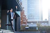 남성, 비즈니스, 구직 (실업), 신입사원 (화이트칼라), 성공, 행복, 활력 (컨셉), 도전 (컨셉), 점프 (물리적활동)