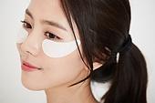 여성, 뷰티, 피부, 사람눈 (주요신체부분), 마스크팩, 미소