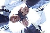 혼혈 (인종), 십대소년 (남성), 중학생, 교복, 다문화가족 (가족), 친구, 미소, 밝은표정, 단결 (함께함), 결속