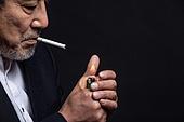 한국인, 남성, 노인, 중년 (성인), 흡연 (주제)