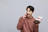 한국인, 발렌타인데이 (홀리데이), 발렌타인데이, 초콜릿, 화이트데이 (홀리데이), 초콜릿 (달콤한음식), 달콤한음식 (음식)