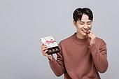 한국인, 발렌타인데이 (홀리데이), 발렌타인데이, 초콜릿, 화이트데이 (홀리데이), 초콜릿 (달콤한음식), 달콤한음식 (음식), 물기 (입사용), 먹기 (입사용)