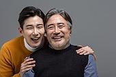 한국인, 아빠, 아들, 가족, 미소, 밝은표정, 애정 (밝은표정)