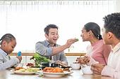 다문화가족 (가족), 한식, 식사, 쌈, 먹여주기 (움직이는활동)