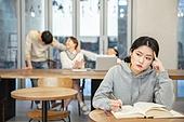 카페, 공부, 대학생, 왁자지껄 (대화), 불만