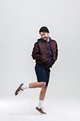 40-49세 (중년), 남성, 패션, 영포티, 멋 (컨셉), 미소
