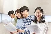 청년 (성인), 스타트업 (소기업), 비즈니스미팅 (미팅), 대학생, 토론, 미소