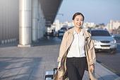 공항, 출장, 비즈니스, 비즈니스 (주제), 떠남, 승객, 비즈니스우먼 (사업가), 여행가방 (짐), 바퀴달린여행가방 (짐), 공항터미널, 공항터미널 (공항), 귀가, 귀가 (사건), 김포공항