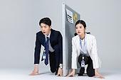 비즈니스, 비즈니스맨, 비즈니스우먼, 동료 (역할), 경쟁 (컨셉), 달리는 (물리적활동), 포즈 (몸의 자세)