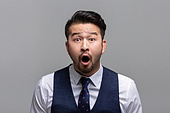 40-49세 (중년), 성인 (인간의나이), 얼굴표정 (커뮤니케이션컨셉), 감정, 놀람 (컨셉)