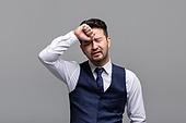 40-49세 (중년), 성인 (인간의나이), 얼굴표정 (커뮤니케이션컨셉), 감정, 두통, 질병 (건강이상), 실패 (컨셉)