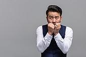 40-49세 (중년), 성인 (인간의나이), 얼굴표정 (커뮤니케이션컨셉), 감정, 불안 (컨셉), 두려움 (컨셉), 공황장애