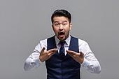 40-49세 (중년), 성인 (인간의나이), 얼굴표정 (커뮤니케이션컨셉), 감정, 불만, 시비