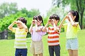 어린이 (인간의나이), 초등학생, 플레이 (움직이는활동), 미소, 즐거움