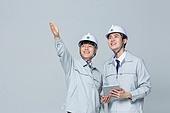 한국인, 건설현장 (인조공간), 건설업 (산업), 팀워크, 협력, 협력 (컨셉), 팀워크 (협력), 건축, 포인팅 (손짓), 응시 (감각사용)