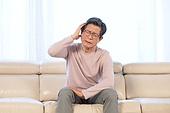 노인 (성인), 질병 (건강이상), 노인건강, 노인건강 (실버라이프), 노인남자 (성인남자), 두통