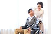 노인커플 (이성커플), 실버라이프 (주제), 휠체어, 미소