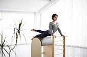 여성, 필라테스 (이완운동), 필라테스머신 (운동기구), 건강관리 (주제)