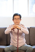 노인 (성인), 독거노인, 노인문제, 실버라이프, 걱정, 걱정 (어두운표정), 외로움 (컨셉), 고독