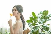 뷰티, 성인여자 (여성), 여성, 식물, 의료성형뷰티 (주제), 꽃