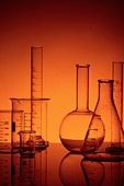 실험실장비 (장비), 과학실험 (사건), 의학 (과학), 연구 (주제), 유리, 시험관대 (랙), 실험유리기구 (실험실장비), 교육 (주제), 플라스크, 주황