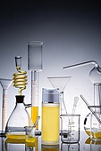 실험실장비, 과학실험 (사건), 의학 (과학), 연구 (주제), 시험관대, 실험유리기구, 원뿔플라스크, 교육 (주제), 플라스크, 화장품 (몸단장제품), 뷰티, 로션 (화장품), 스킨케어