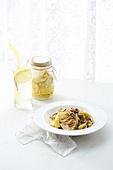 파스타,면,음식,그릇,물,유리잔,레몬청