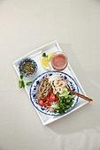 면 (갈아서만든음식), 요리 (음식상태),음식,그릇,접시,국수,분짜