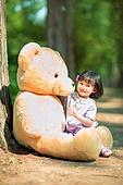 한국인, 어린이 (인간의나이), 유치원생, 테디베어, 인형, 테디베어 (장난감), 행복, 행복 (컨셉), 즐거움