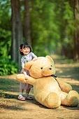 한국인, 어린이 (인간의나이), 유치원생, 테디베어, 인형, 테디베어 (장난감), 행복, 행복 (컨셉)