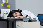 여성, 일 (물리적활동), 비즈니스우먼, 번아웃증후군 (격언), 과로, 스트레스