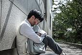 고등학생, 걱정 (어두운표정), 스트레스, 절망 (슬픔), 스트레스 (컨셉), 앉기 (몸의 자세)
