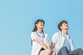 십대 (인간의나이), 교복, 미소, 밝은표정, 고등학생, 학교생활, 계단, 커플, 데이트 (로맨틱), 대화