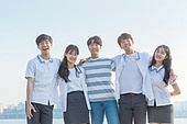 십대 (인간의나이), 어깨동무, 교복, 미소, 밝은표정, 고등학생, 학교생활, 계단