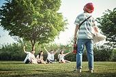 십대 (인간의나이), 교복, 고등학생, 휴식, 공원, 배달, 배달부, 배달음식, 술 (음료)