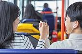 커플, 버스, 데이트, 미소, 밝은표정, 기대 (컨셉)