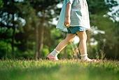 한국인, 어린이 (인간의나이), 유치원생, 자연 (주제), 환경, 유아교육, 순수, 걷기
