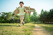 한국인, 어린이 (인간의나이), 초등학생, 유치원생, 상상력, 방학, 여름방학, 자유, 즐거움 (컨셉), 재미, 소년 (남성)