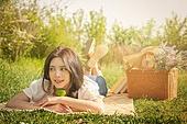 공원, 라이프스타일, 싱글라이프 (주제), 소풍, 성인여자 (여성), 라임 (감귤류)