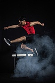 육상경기 (스포츠), 육상선수, 허들 (스포츠용품), 장애물넘기 (단거리경주)
