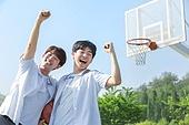 고등학생, 농구, 운동, 플레이, 하이파이브, 미소, 밝은표정, 즐거움