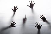 정체성 (컨셉), 손실 (컨셉), 갈등, 사람손, 탈출 (움직이는활동)