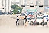 도시풍경 (도시), 서울 (대한민국), 여름, 폭염, 뜨거움 (컨셉), 날씨, 폭염 (자연현상), 여름 (계절), 아지랑이, 횡단보도, 걷기